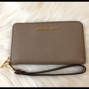 Michael Kors dark dune wallet wristlet NWT!!